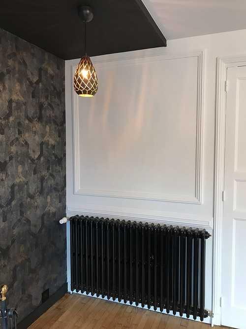 Rénovation d''un radiateur en fonte : noir brillant 0