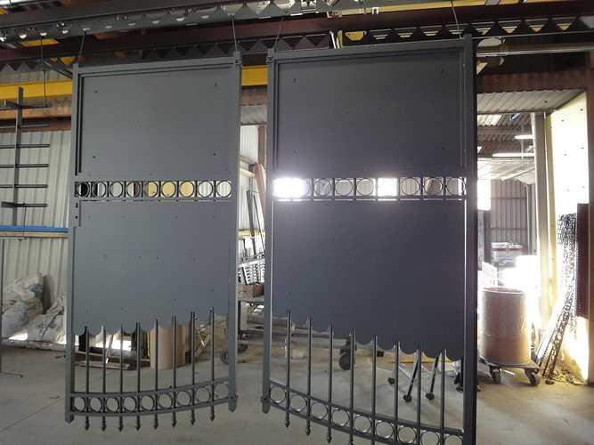 Portail et grille métal thermolaqués 0