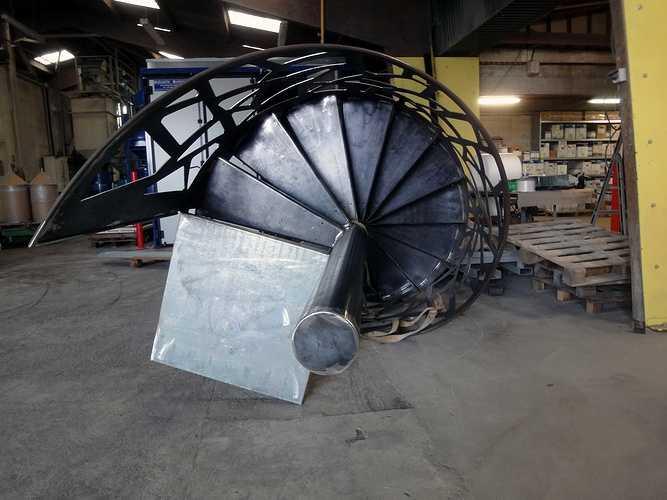Sablage et thermoloquage escalier hélicoïdal mcaescalierbrun26502