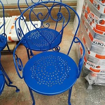 Sablage, métallisation et thermolaquage de chaises de jardin en métal bchaiserenovee5010m