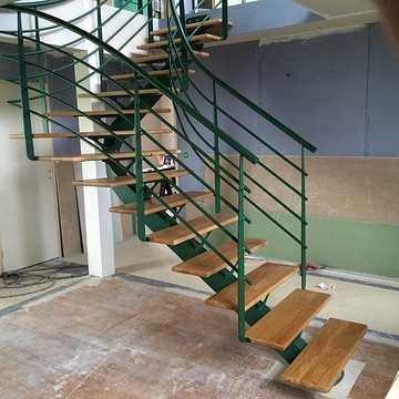 Sablage et thermolaquage escalier métal e
