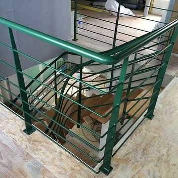 Sablage et thermolaquage escalier métal f
