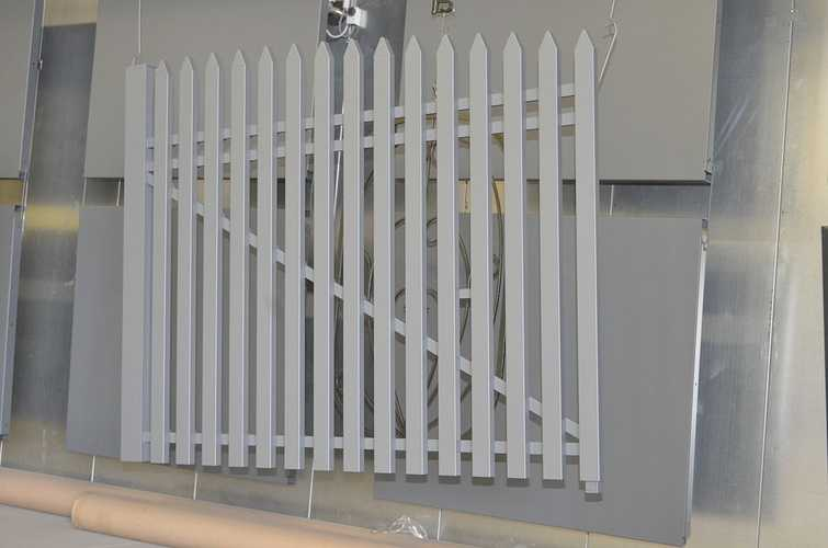 Portail et escaliers extérieurs : sablage, thermolaquage et métallisation 0