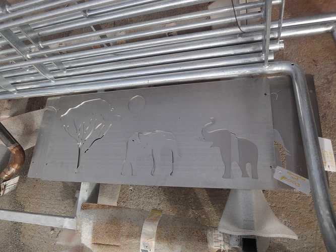 Découpe laser, sablage, thermolaquage pour décoration chambre d''enfant quentin2009