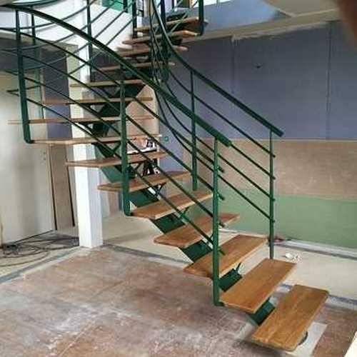 Sablage et thermolaquage de vos mobiliers d''intérieur escalier