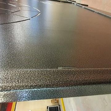 Sablage, métallisation, application d''un primaire, et thermolaquage d''un portail en acier 20191031162931