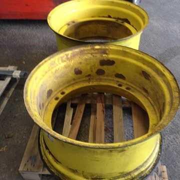 Traitement de jantes :sablage, traitement anti-corrosion et thermolaquage 12180310533205858280378621252470085864978389n